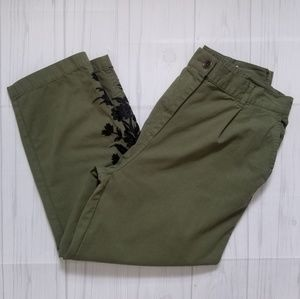 Zara Woman Army Green Cropped Pants w/ Embroidery